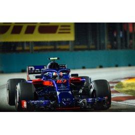 Fototapetai Redbulio f1 lenktyninis automobilis